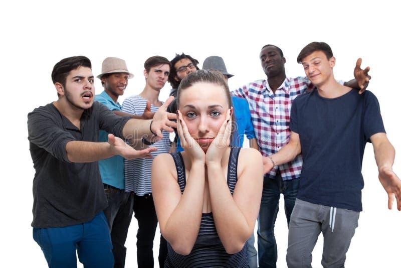 Jonge Vrouw die door Haar Vrienden wordt beschuldigd royalty-vrije stock afbeelding