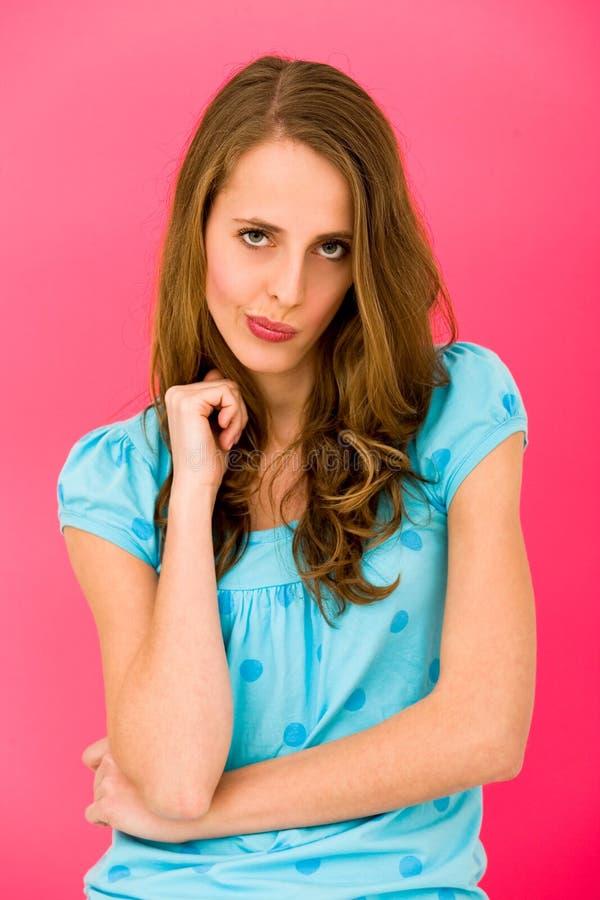 Jonge vrouw die gezichten maakt royalty-vrije stock foto's