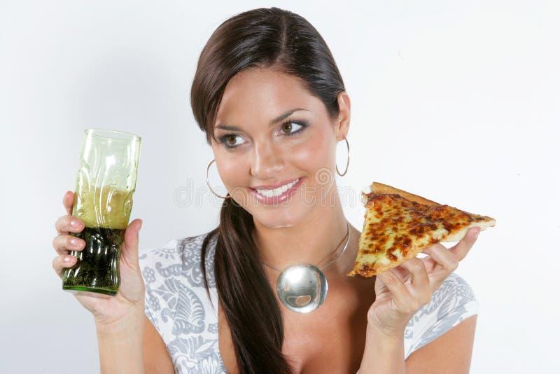 Download Jonge vrouw die pizza eet. stock foto. Afbeelding bestaande uit gezondheid - 10782382