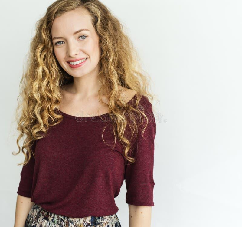 Jonge Vrouw die Vrolijk Concept glimlachen royalty-vrije stock afbeeldingen