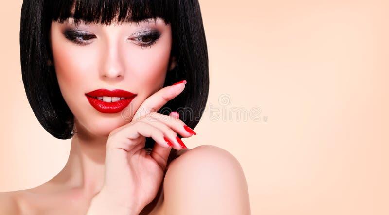 Jonge vrouw met heldere make-up royalty-vrije stock foto's