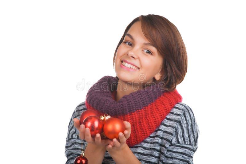 Jonge Vrouw Met Kerstmisbal Stock Afbeelding