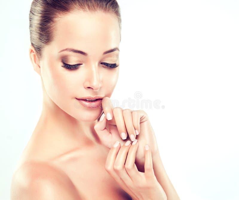 Jonge Vrouw met Schone Verse Huid cosmetology stock afbeeldingen