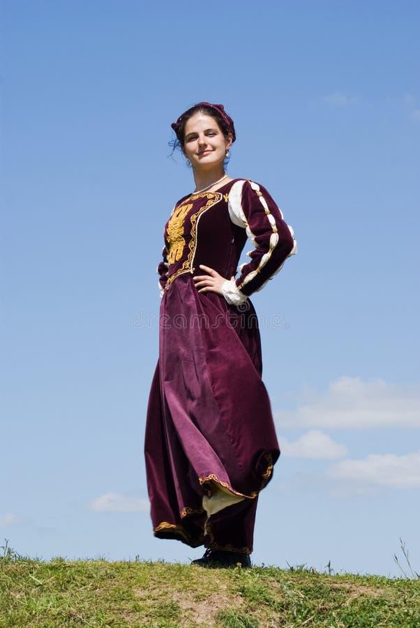 Jonge vrouw in renaissancekleding royalty-vrije stock fotografie