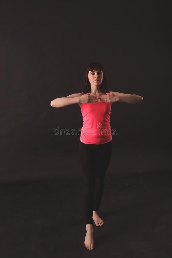 Jonge vrouwelijke het dansen jazz stock fotografie