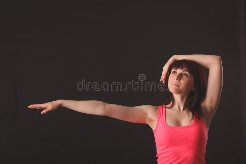Jonge vrouwelijke het dansen jazz stock foto's