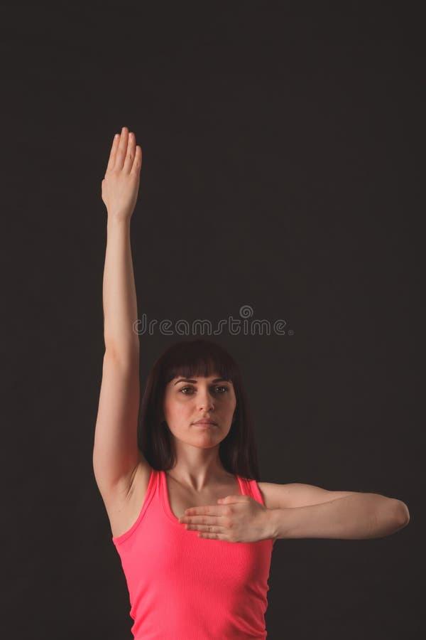 Jonge vrouwelijke het dansen jazz royalty-vrije stock afbeelding