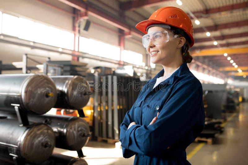 Jonge vrouwelijke technicus stock foto