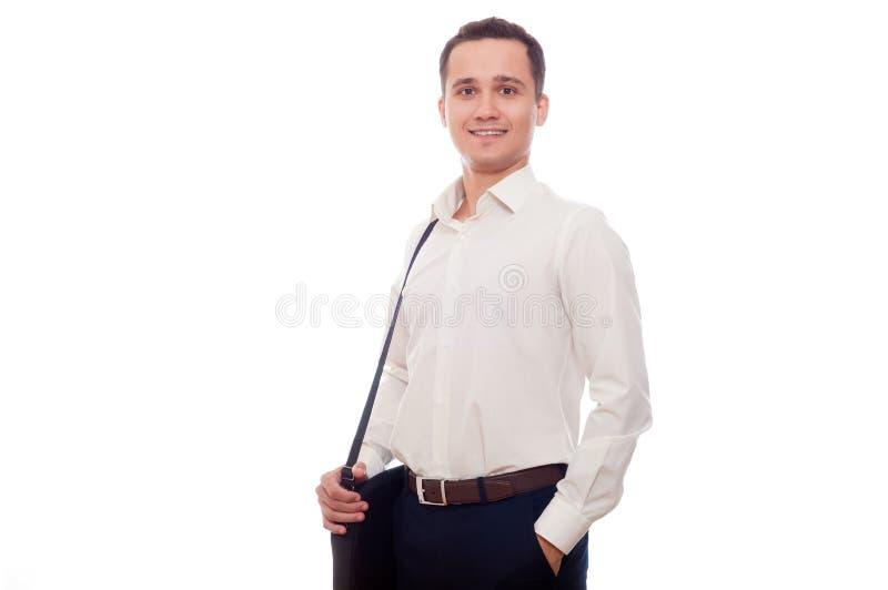 Jonge zakenman die op wit wordt geïsoleerd Student met zak of portfol stock afbeelding