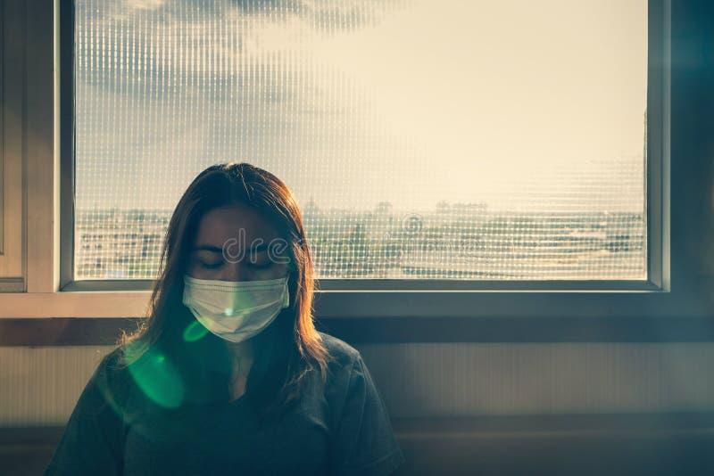 Jonge zieke vrouw stock afbeelding