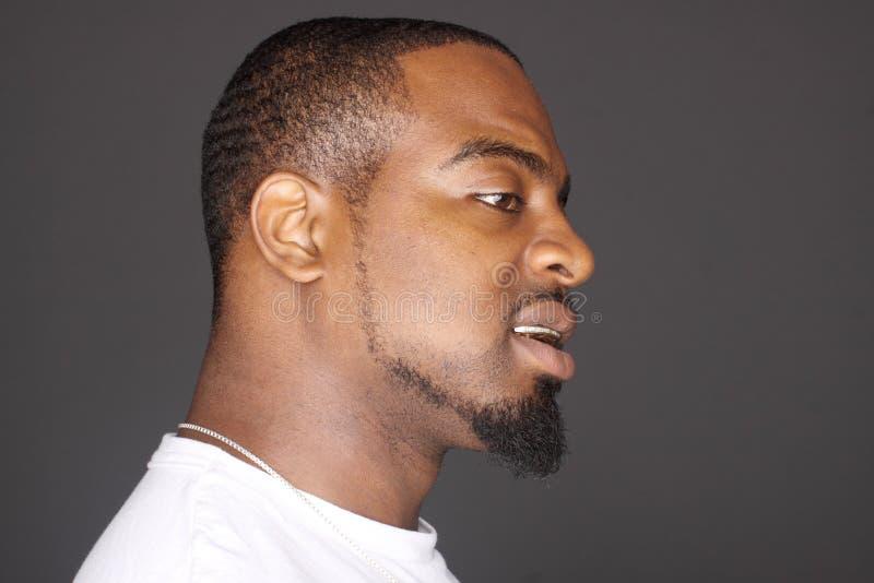 Jonge zwarte mens royalty-vrije stock fotografie