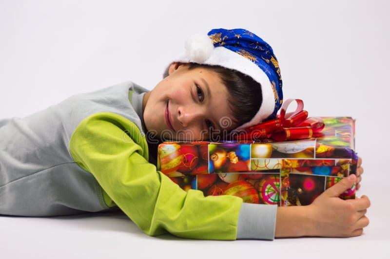 Jongen en gift royalty-vrije stock foto's