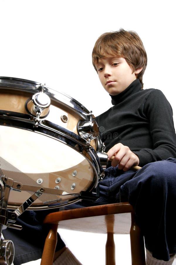 Jongen en trommel stock fotografie