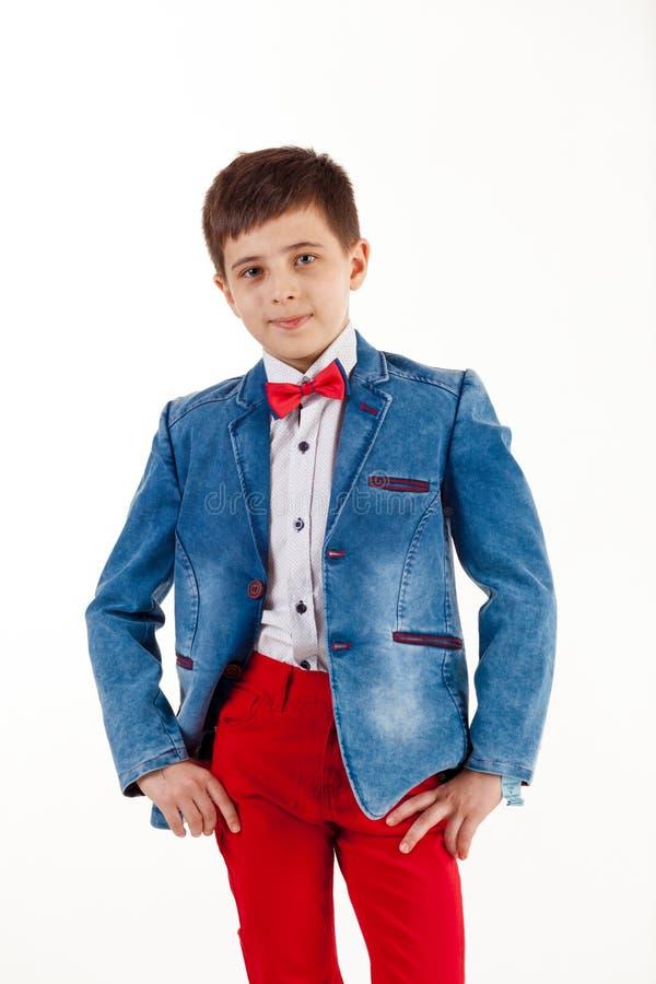 Jongen, Kaukasische kinderen, gelukkig, mannelijk, kinderjaren, portret, leuk glimlachen, wit, levensstijl, kind, weinig, glimlac stock afbeeldingen