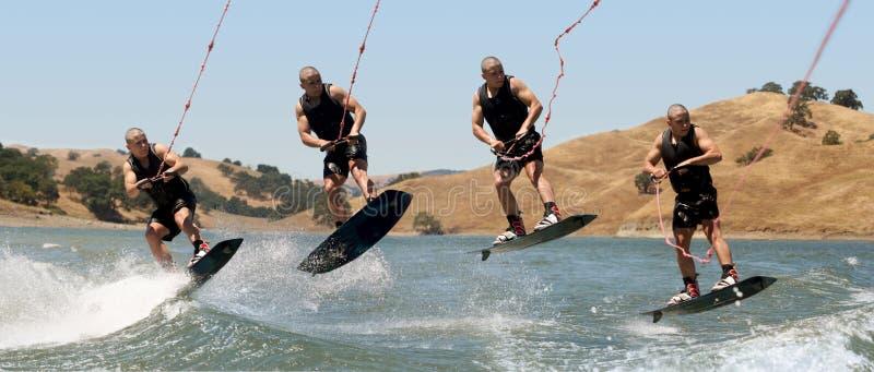 Jongen Wakeboarding royalty-vrije stock afbeelding