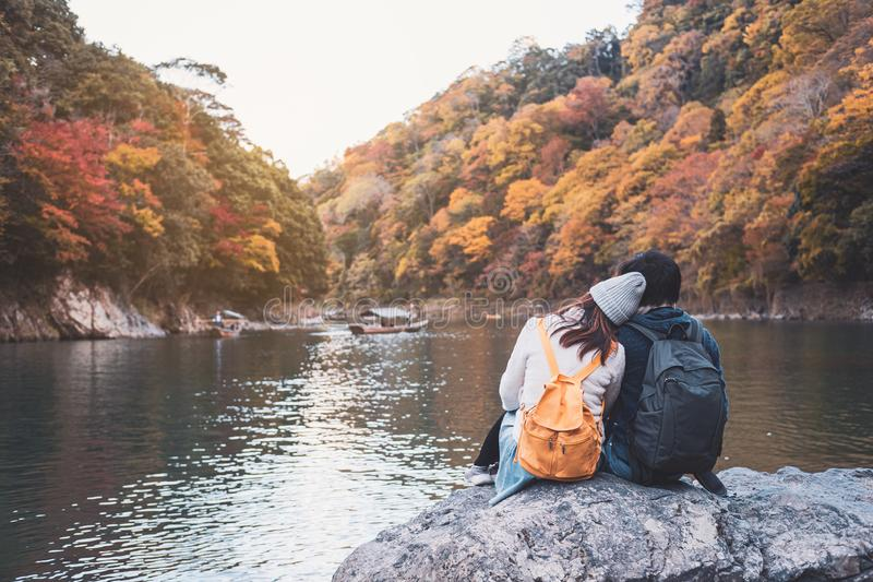 Jongeren reizen mooi landschap in arashiyama Japan, Reis lifestyle royalty-vrije stock afbeelding