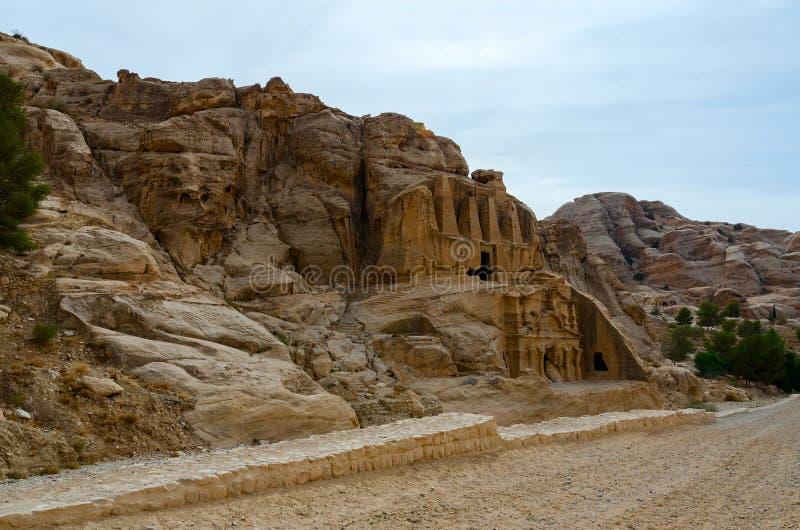 Jordânia, PETRA Na maneira ao desfiladeiro imagem de stock
