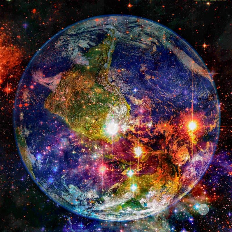 Jord och galax Beståndsdelar av denna avbildar möblerat av NASA royaltyfri bild