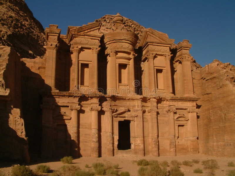 - Jordan deir klasztoru petra obrazy royalty free