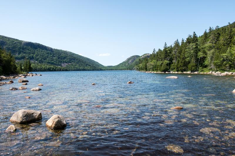 Jordan Pond nell'acadia parco nazionale, Maine immagini stock