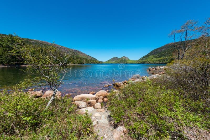 Jordan Pond nell'acadia parco nazionale, Maine immagini stock libere da diritti