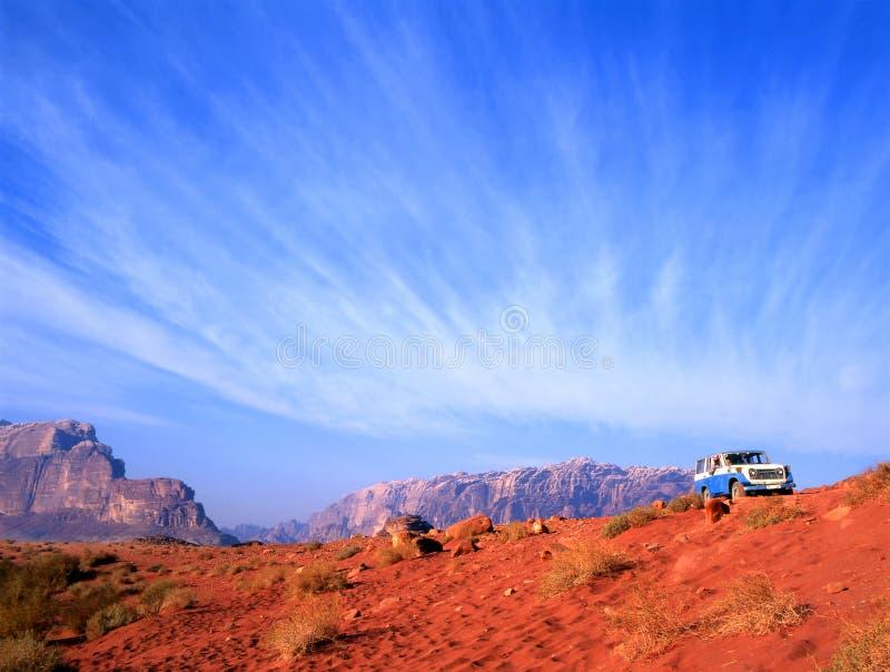 Jordan wadiego pustyni 4 prowadzić rum koła zdjęcia stock