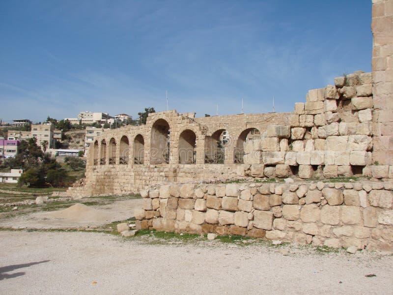 Jordania Gerasa jest antycznym Romańskim miastem Decapolis Panorama antyczne Romańskie kultur ekskawacje fotografia stock
