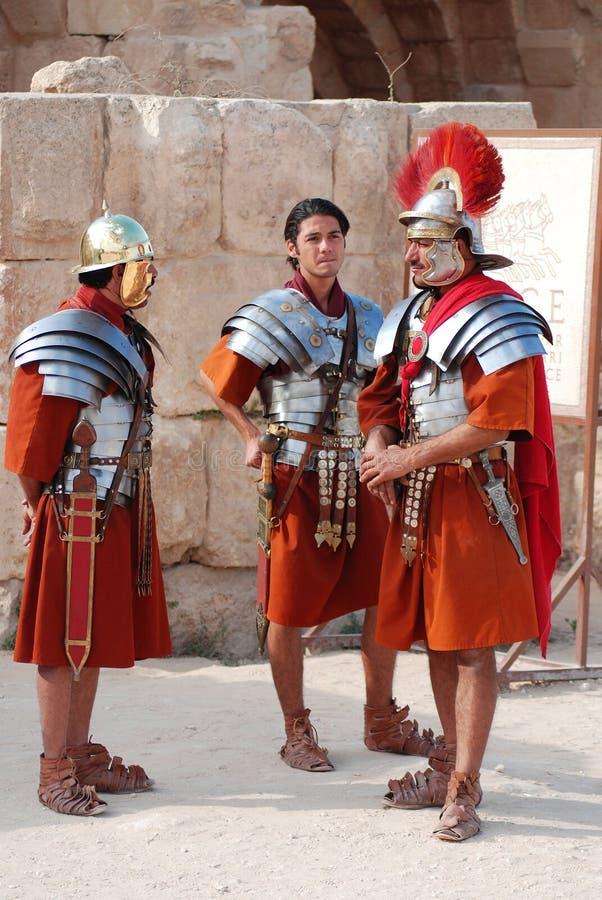 Jordanian mensen kleden zich als Roman militair royalty-vrije stock foto