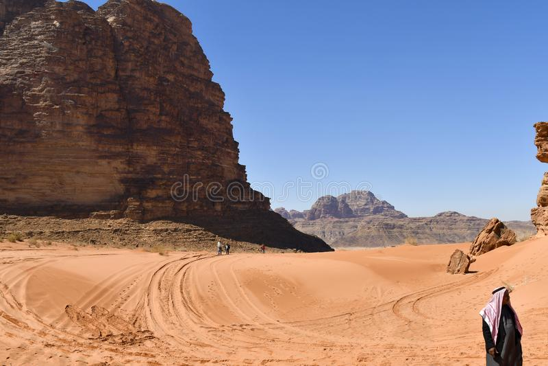 Jordanien beduin i Wadi Rum, royaltyfria bilder