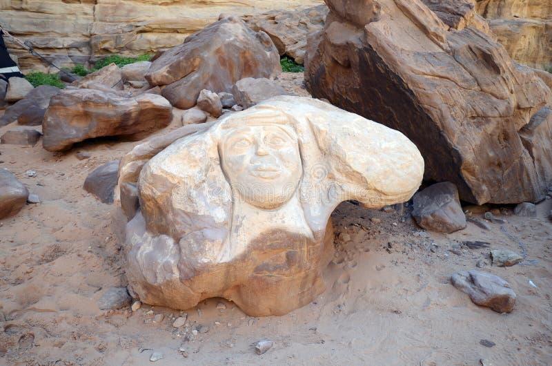 Jordanien Wadi Rum, st?ende royaltyfri bild