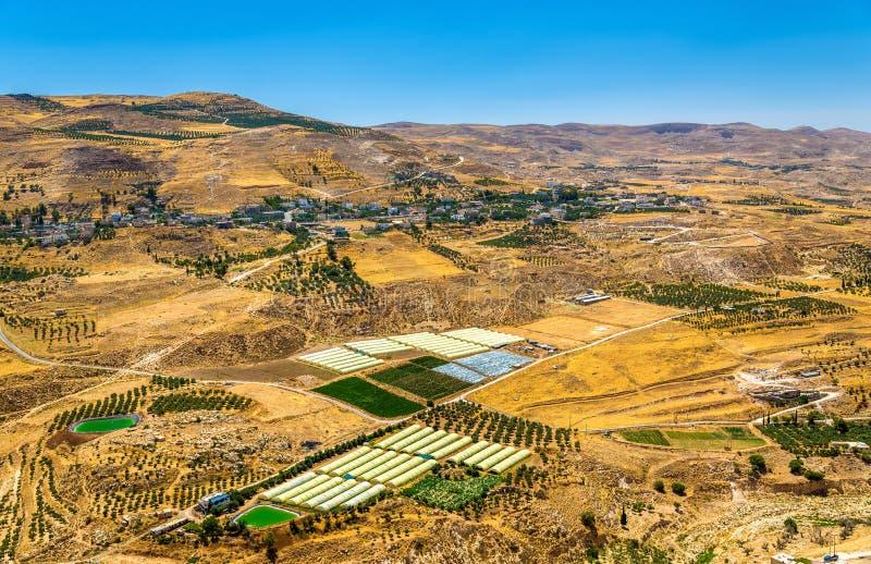 Jordanische Landschaft, wie vom Al-Karak gesehen stockfotografie