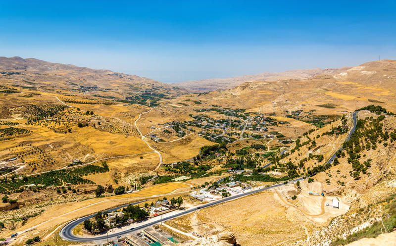 Jordanische Landschaft, wie vom Al-Karak gesehen lizenzfreies stockbild