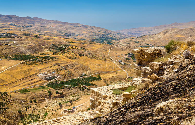 Jordanische Landschaft, wie vom Al-Karak gesehen stockbild