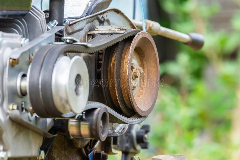 Jordbruks- maskindel Block- och bälteöverföring fotografering för bildbyråer