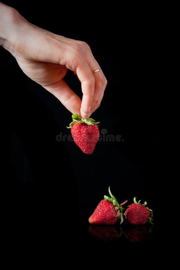 Download Jordgubbar arkivfoto. Bild av nytt, frukt, äta, saftigt - 19785166