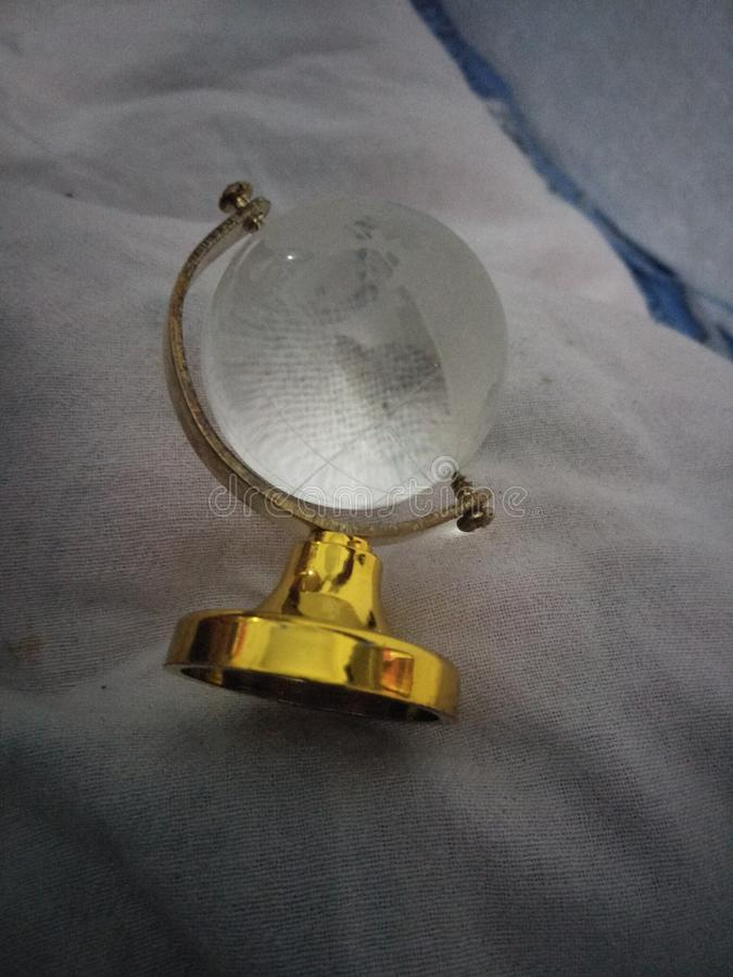 Jordklot av exponeringsglas royaltyfria foton