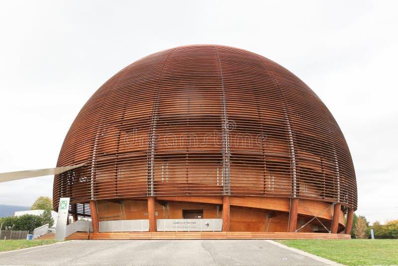 : Jordklotet av vetenskap och innovation i Meyrin, Schweiz royaltyfria bilder