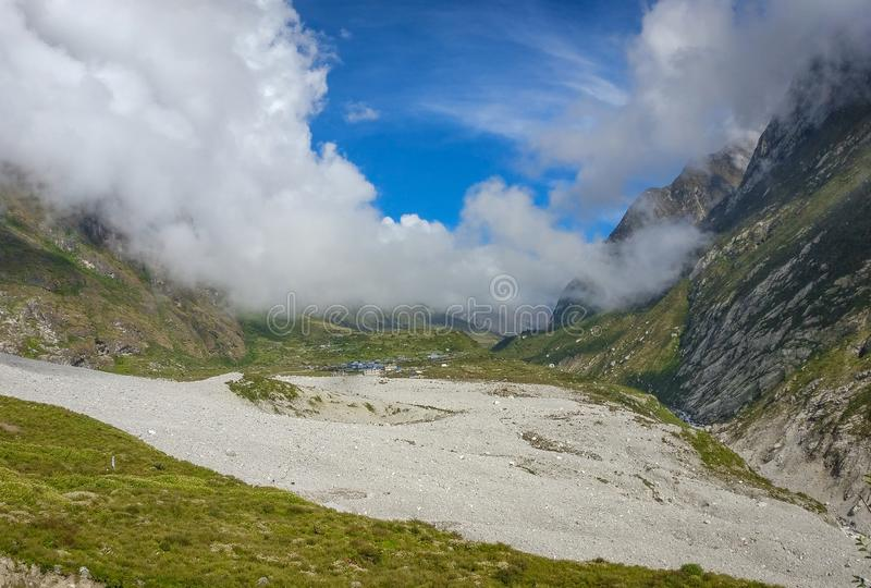 Jordskredområde av den Langtang dalen royaltyfria foton