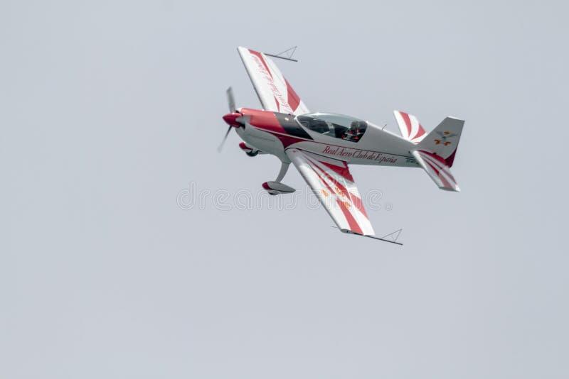 Jorge Macias con los aviones EA-200 adicional fotos de archivo libres de regalías