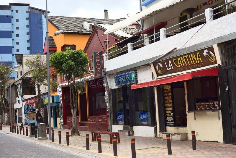 Jose Calama Street en el distrito turístico en Quito, Ecuador fotos de archivo libres de regalías