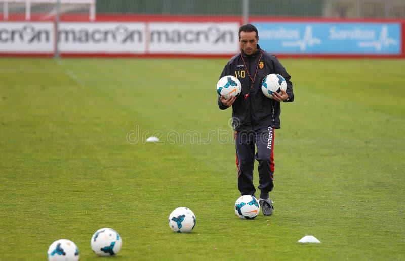 Jose Luis Oltra piłki nożnej hiszpański trener przy obiektami szkoleniowymi zdjęcie stock