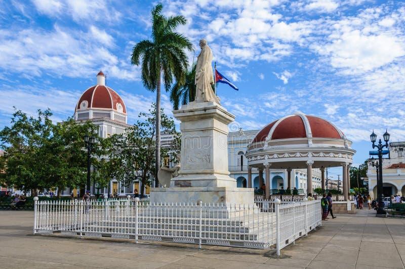 Jose Marti Park in Cienfuegos, Cuba stock foto's