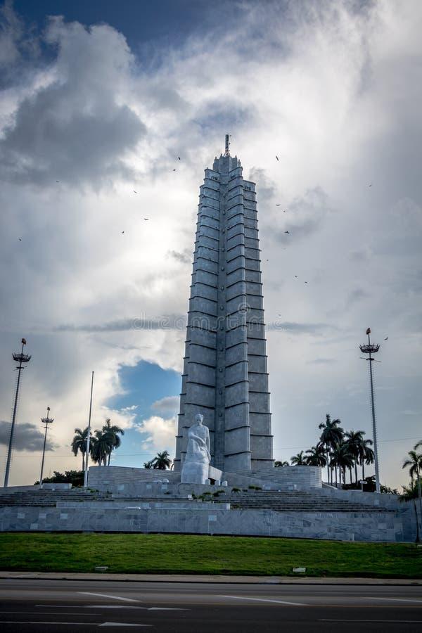 Jose Marti pomnik w placu De Los angeles Revolucion - Hawański, Kuba obrazy stock