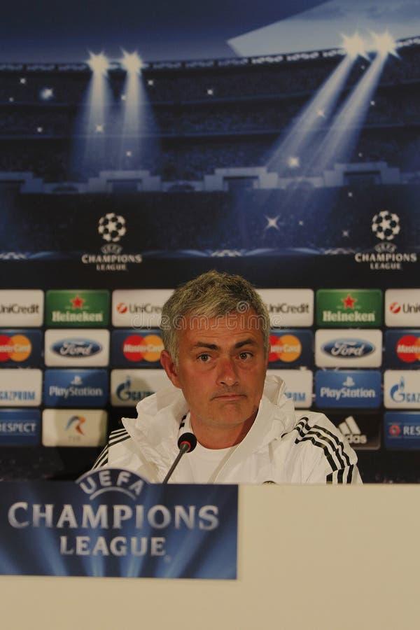 Jose Mourinho von Chelsea - Pressekonferenz lizenzfreies stockbild
