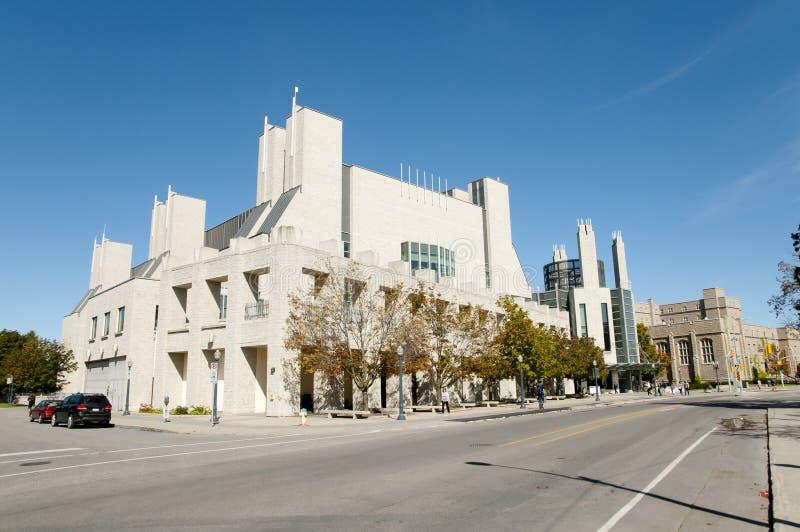 Joseph Stauffer Library bij Koningin` s Universiteit - Kingston - Canada stock afbeeldingen