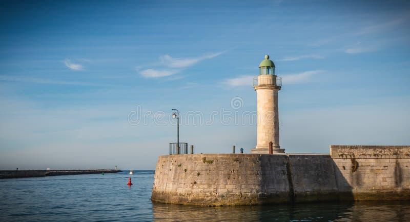 Josephine góruje latarnię morską w porcie święty Gilles Croix de zdjęcie royalty free