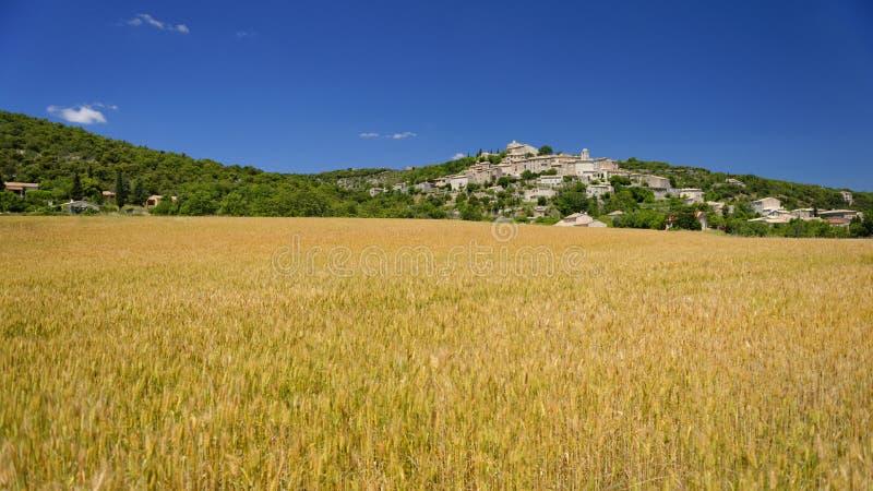 Joucasdorp in de Provence royalty-vrije stock afbeeldingen