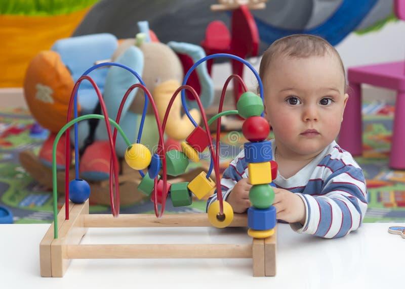Jouer d'enfant photos stock