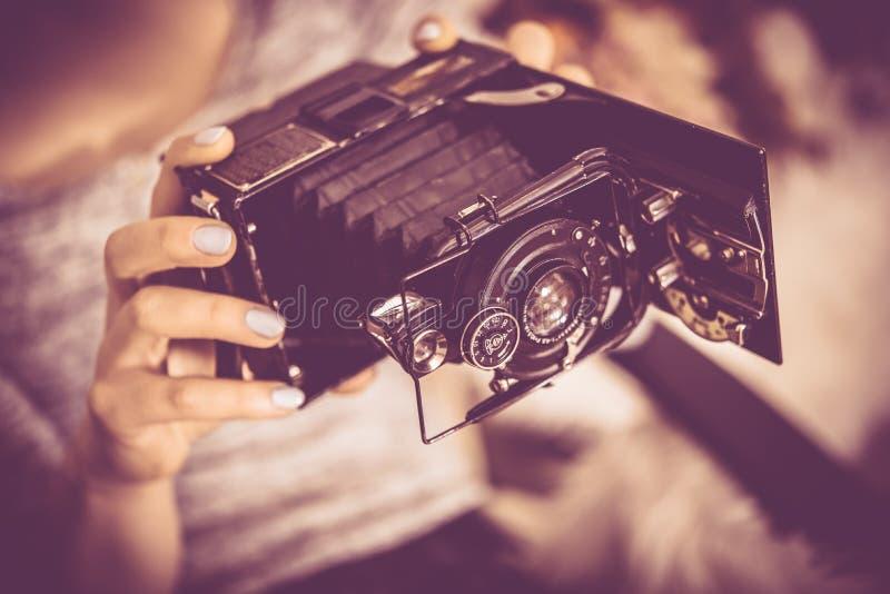 Jouer l'appareil-photo de vintage image libre de droits