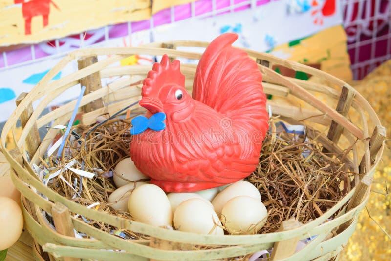 Jouet de poulet photos stock